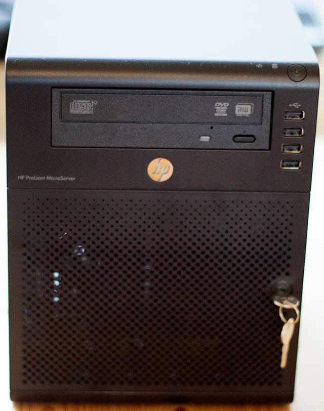 HP N40L